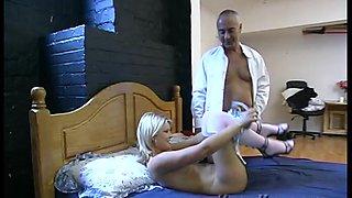 Short haired blonde babe Elle Brooke pounded hard by an older guy