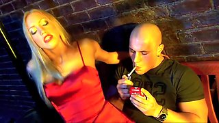 Addicted Cassie Young to smoking wants to fuck and smoke at the same time