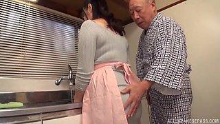 Old guy finally talks Nonami Shizuka into pleasing his dick