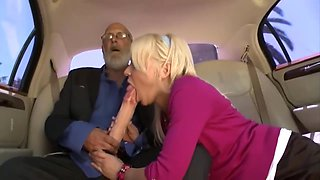 Lovely Step Mommy Kacey Jordan Wants To Fuck Good Young Step-son