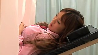 Dripping cunt touched by kinky doctor in real gyno movie