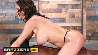 Brazzers Pornstars Like it Big Alexis Fawx Isiah Maxwell Slip And Slide 3