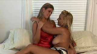 Cm 090801 french kiss ( with traci)