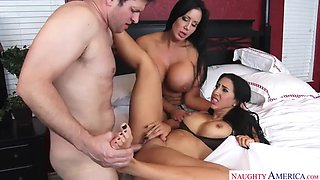 Sybil stallone fucking in the bedroom with her tits