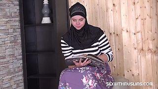 Sexy muslim wife fucked