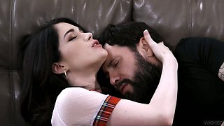Attractive brunette Evelyn Claire lets bearded stud polish slit doggy