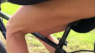 Nice ass driving bicycle