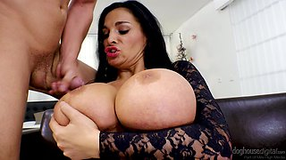Gorgeous MILF Sandra Sturm wants to be penetrated by a hunk