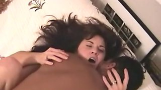 Swinger housewife screwed by a dark guy during the time that hubby tapes