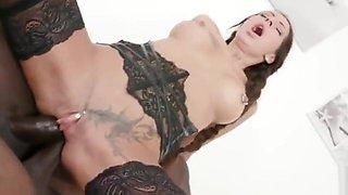 Valentina Sierra hot piss loving DP milf get BBC IV318