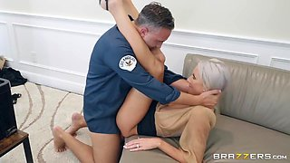 Emma Starr & Keiran Lee in Pretty Theft - BRAZZERS