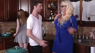 Hot Kitchen Threesome Fuck With Dolly And Alura