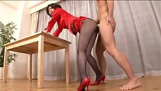 Tall japanese woman and pantyhose