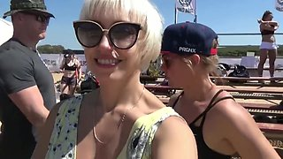 Flashing at competitions on a public beach