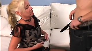 This Milf Likes Younger Men Who Like To Cum For Her