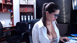 Hottest Amateur Mature MILF in Elf costume fucking on Webcam