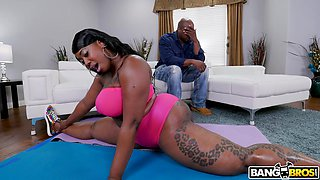 ebony couple playing dirty games after swimming