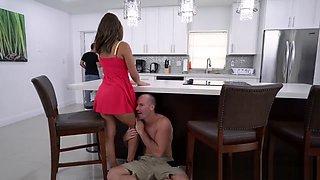 Mofos - Latina Sex Tapes - Natural Boobs on Cheating GF , Mia Martinez