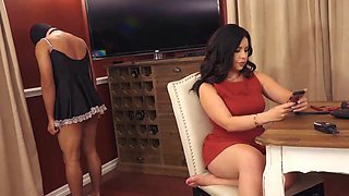 Her slave worships her feet