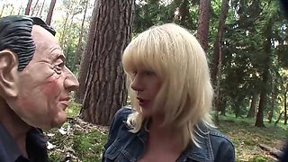 Annalena german mature in the woods