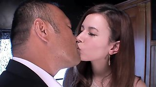 Japanese togue kissing 1