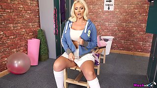 Fantastic Lucy Zara goes solo in the locker room and plays with boobies