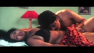 Aunty &amp uncle best romantic scene00