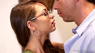 Nerdy cutie Riley Reid lures really horny stud to be fucked doggy