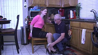 housewife no panties hogtied by robber