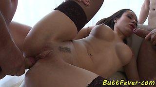 Buttfucked babe sprayed with cum in threeway