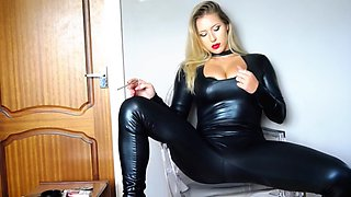Blonde smiking squirt latex leather