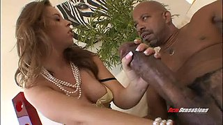 Amazing interracial sex happening in this video online