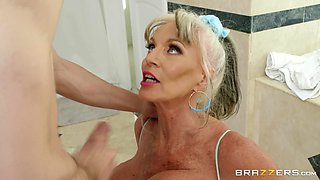silicone milf Sally D'angelo gets her pussy pounded after a blowjob