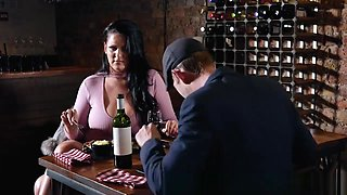 Brazzers - Anissa Jolie knows how to recover a bad date