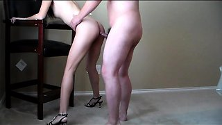 Amateur milf takes it doggystyle and swallows a hot cumload