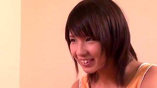 Force oblige les enfants à rester actifs Aoi Koharu hors du jour du danger
