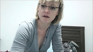 Hot MILF With Teacher Glasses and Hairy Pussy