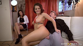 Bootylicious Keisha is happy to get a nice dick for her tight asshole