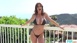 Hot MILF Alexis Fawx Uses her BF For Sex