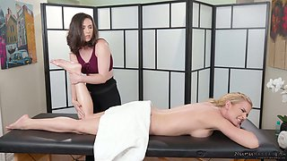 Delicious lesbian pussy and butt hole make Casey Calvert horny