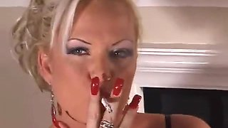 beautiful mature slut gives a smoking blowjob