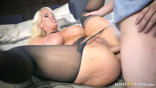 Busty MILF Alura Jenson wants to feel a dick in her gaping hole