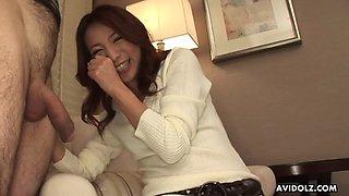 Japanese housewife, honoka sakura is sucking a stranger&#039s di