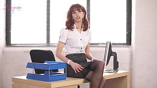 That office whore is a gift to mankind and she loves getting naked at work